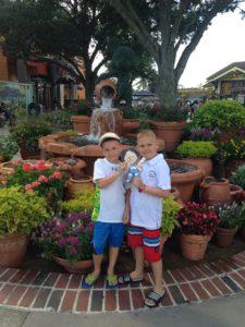 Ameerika Ühendriigid Florida Orlando juuni2015 Holger ja Henri