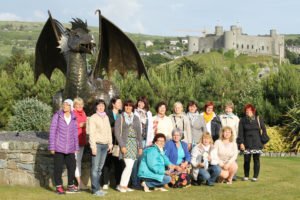 Wales SipsikLeelo ja Walesi draakon Harlech-1